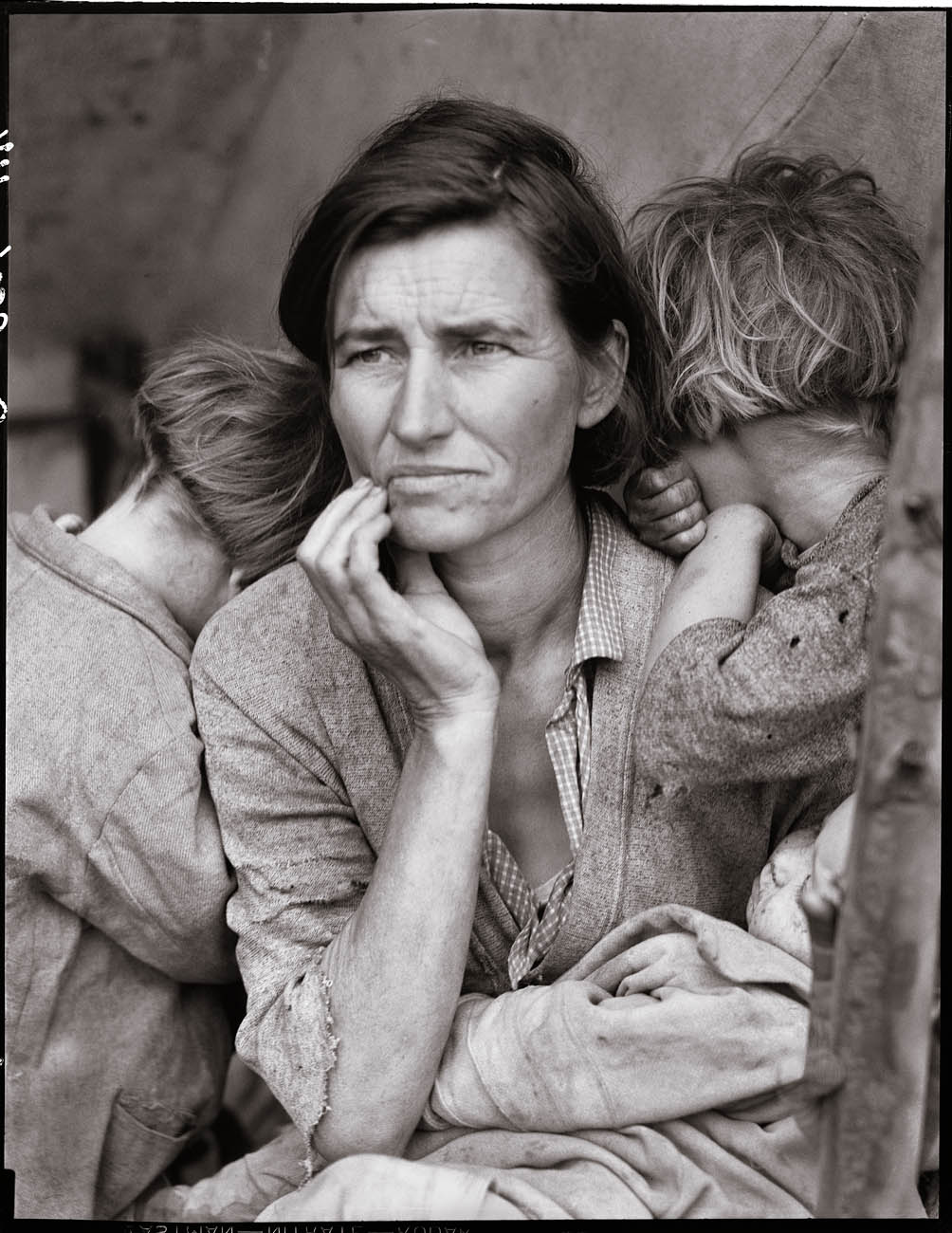 Migrant Woman by Dorothea Lange